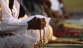 Dzikir Bersama Imam Setelah Selesai Shalat