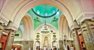 Keutamaan Bagi Yang Memakmurkan Masjid Di Dalam Masjid